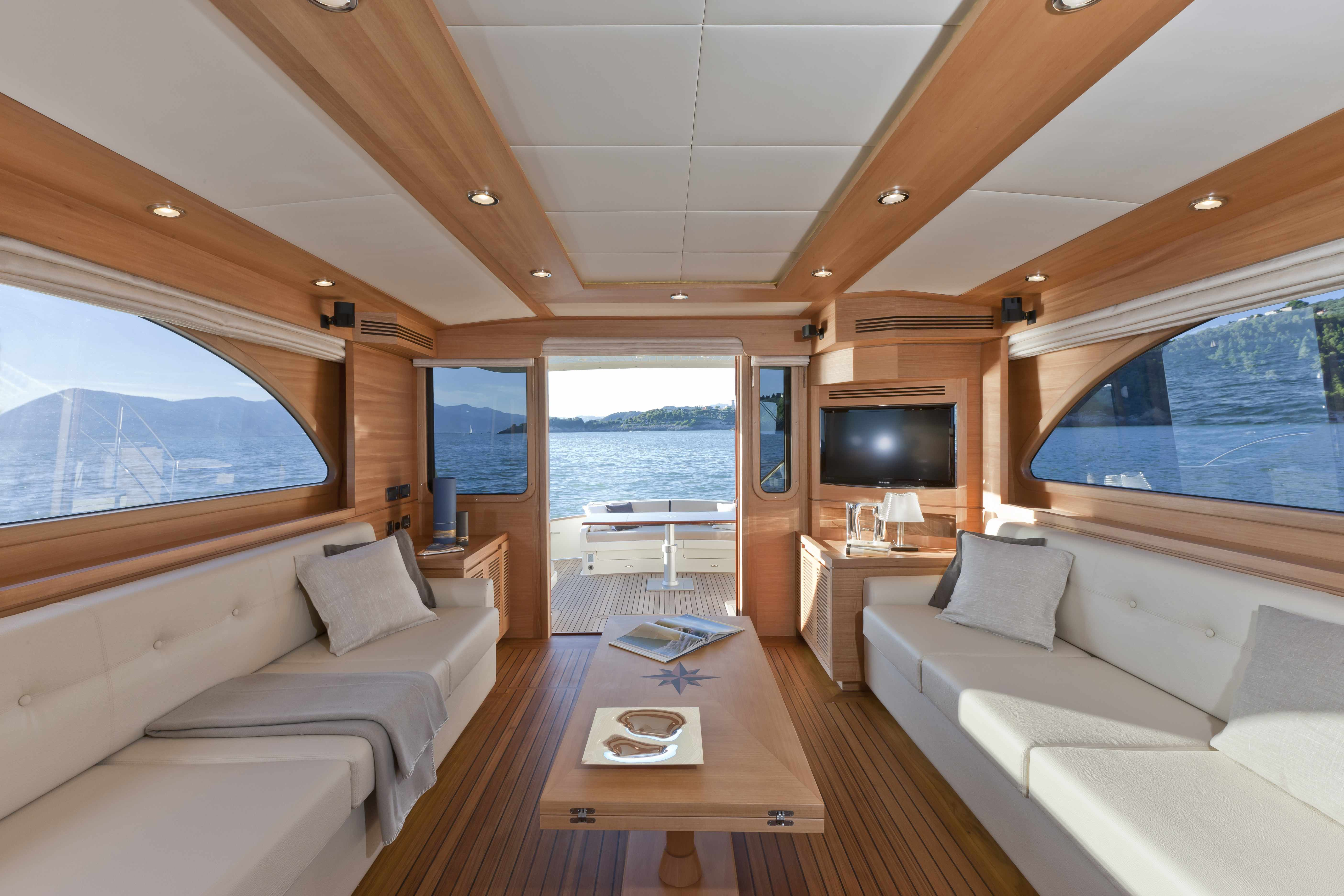 Boat buying services for Design en interior